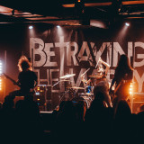 Betraying The Martyrs (live 2018)